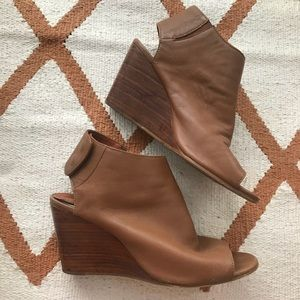 Steven by Steve Madden Brown leather Wedges